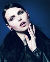 Karlina Caune by Enric Galceran » Creative Photography Blog