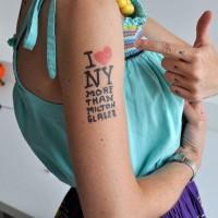 I tatuaggi? Firmati dai designer, temporanei e da comprare online   Design In&Out