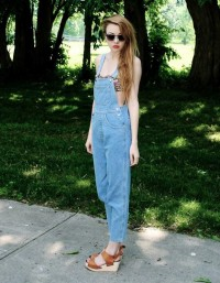 Jam's strawberries / Shop this look on Kaleidoscope (overalls, bandeau, sandals, sunglasses) http://kalei.do/W5j1HqwENZXpOjja