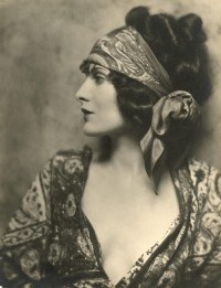 Glamours_1920s_by_caupolican.jpg picture by redlipsvintage - Photobucket