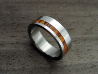 Titanium and Wood wedding ring Offset Rosewood by hersteller