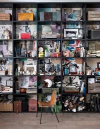 Un coin bureau avec une bibliothèque - Marie Claire Maison