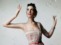 Anne Hathaway with bubbles HD Wallpaper | Magicwallpapers.net