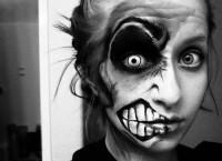 Resultados de la Búsqueda de imágenes de Google de http://s2.favim.com/orig/35/black-and-white-hipster-makeup-photography-tattoo-Favim.com-283556.jpg