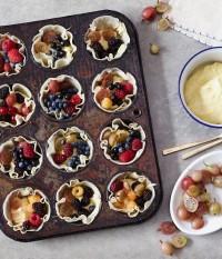 {flavor stories} summer berry tarts... - Oh Joy!