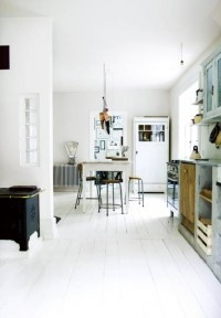 From Scandinavia with love - design & style (A home in Denmark. Photo by Tia Borgsmidt for...)