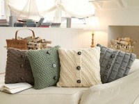 Things I love / Recycled sweaters = awesome new pillow covers!