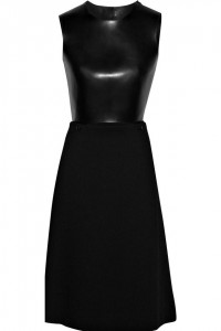 Black dress, the Chloe way: daily discovery - Fashionising.com