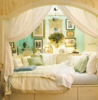 I Dream of Home / Cool Alcove Beds