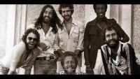 Average White Band : Pick Up The Pieces (HQ Audio) - YouTube