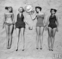 Beach fashions, 1950 | Retronaut