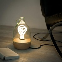 tom allen: dama table lamp