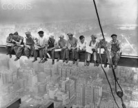 New York Construction Workers Lunching on a Crossbeam - BE001089 - Derechos protegidos - Fotografía de stock: Corbis
