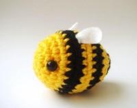 Crochet Bumble bee Buzz Bee toy par sabahnur sur Etsy