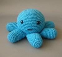 Crocheted blue plush octopus nursery baby boy plush par sabahnur
