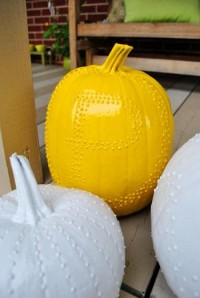 Puffy Paint + Pumpkins = Not As Cheesy As It Sounds | Young House Love