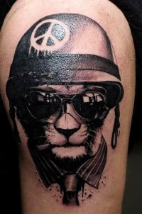 _597.John-Maxx-Tattoo.cane-dog-soldato-soldier-peace.jpg (398×600)