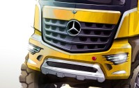 Mercedes-Benz Arocs Design Sketch detail - Car Body Design