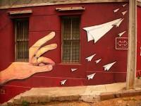 The Faded Suitcase: Graffiti in Valparaíso