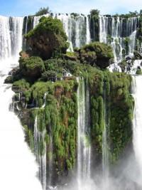 Waterfall island at Iguazu falls - Imgur
