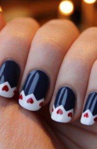 Google Image Result for http://www.fashionbased.com/images/made/images/uploads/blog/christmas_nail_art_1_480_740_s_c1.jpg