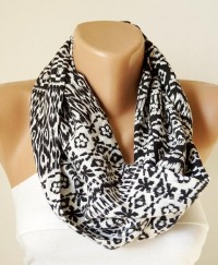 Infinity Scarf Loop Scarf Circle Scarf Tribal White by Periay