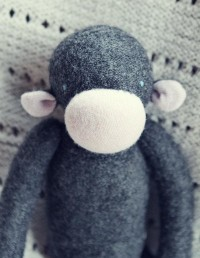 charcoal and pink upcycled wool monkey singe de by ouistitine
