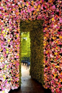 Dior-garden-couture-thtlb-4.jpeg 500×750 ????