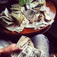 money moneyyyyyy ? We Heart It / ???????? ??? ???????? ? 49886204