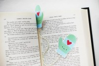 Wild Olive: printable: mitten bookmark