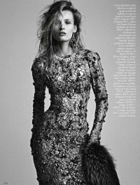 Edita Vilkeviciute by Patrick Demarchelier for Vogue Spain January 2013 - Touchpuppet