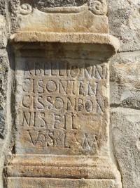 768px-Saint-Aventin_église_autel_votif.JPG (768×1024)
