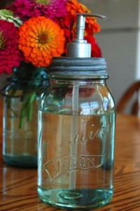 10 Crafts to Make with Mason Jars | Babble