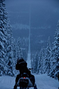 norway-sweden-border-snowmobile-winter.jpg (JPEG Image, 800 × 1200 pixels) - Scaled (48%)