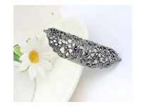 The Tri-color Alloy Flower Hollow Shield Ring - DualShine