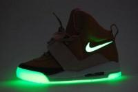 airyeezy-glow.jpg (550×369)