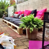 Pallet Uses Are Usefull and Low-Priced | Pallet Furniture