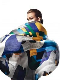 Hermès, FOLLES DE SOIE Châle en cachemire et soie, 140 ×...