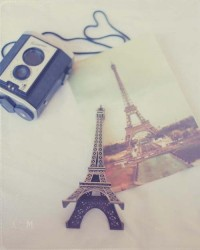 Petite Tour Eiffel (by Carmen Moreno Photography)   via Tumblr   We Heart It