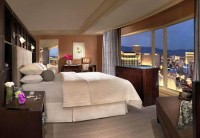 Hotels with a Jaw-Dropping View: Bellagio Fountains, Las Vegas - Bing Travel
