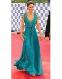 Robe de célébrité Princesse Kate en mousseline de soie bleue décolletée en V ornée de strass - Persun FR