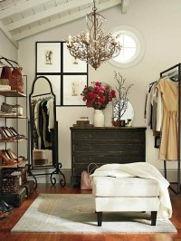 — Even if you don't have a walk-in closet, there's a...