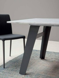 Welded Table by Alain Gilles for Bonaldo » Yanko Design