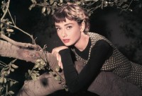 Audrey Hepburn Pictures - Biography.com