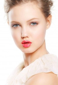 Lovely Pretty World: Lindsey Wixson