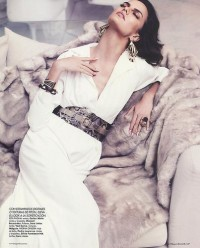 All sizes | Barbara Fialho In Spanish Harpers Bazaar | Flickr - Photo Sharing!