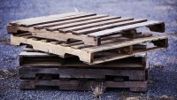 Where to Get Pallets – Easy Ways to Find Free Pallets | 101 Pallets