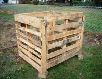 How to Build a Compost Bin out of Wooden Pallets | Pallet Furniture DIY