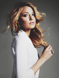 This is the King of Wood (linxspiration: Blake Lively.)