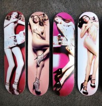 Doodah Supermodel Skateboard: Sex on the Pavement